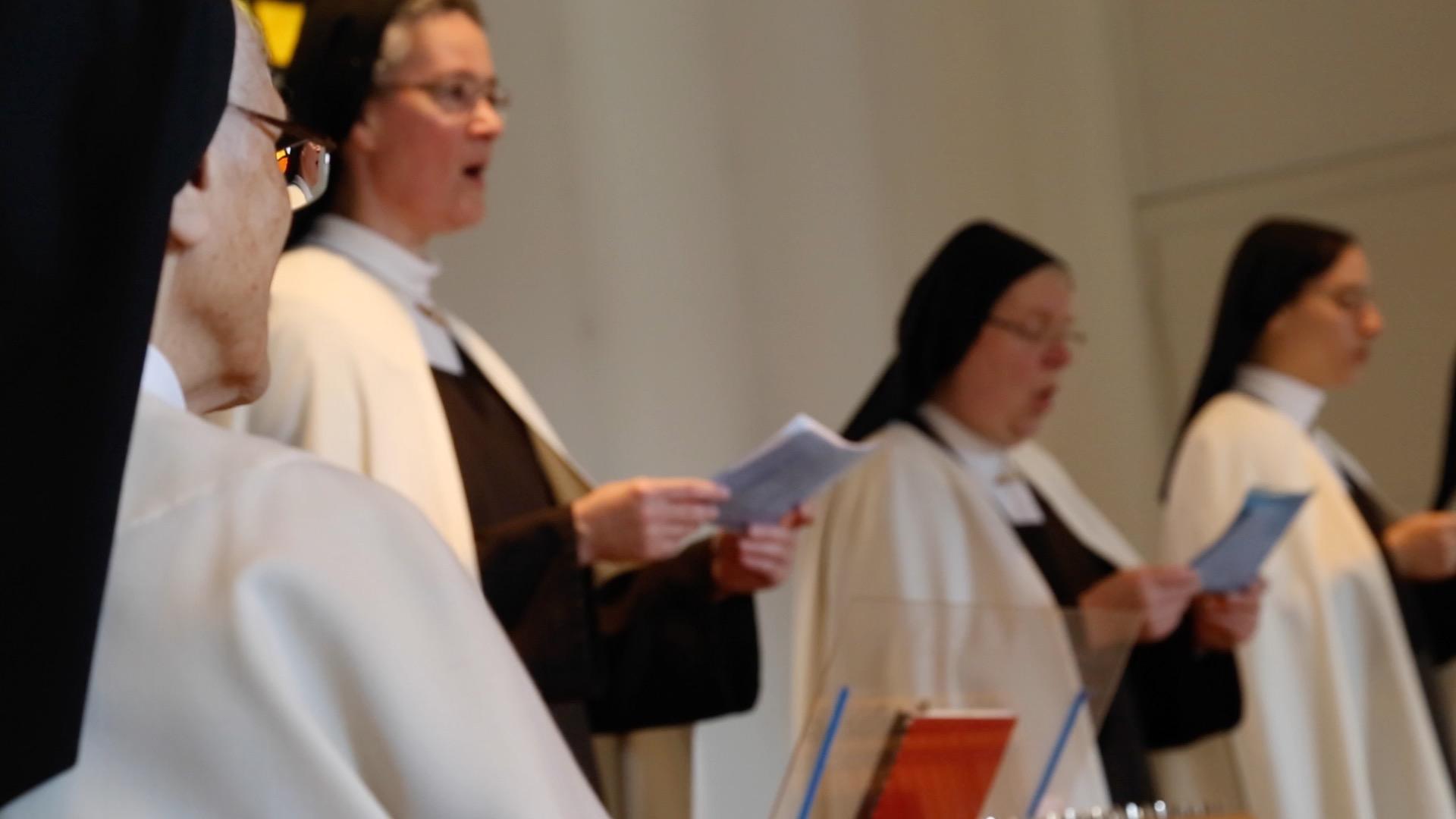 soeurs religieuses du Carmel